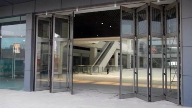 2015 KBB new release --- large commercial folding door_News
